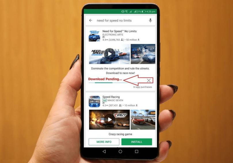 Play Store Download Loading Terus